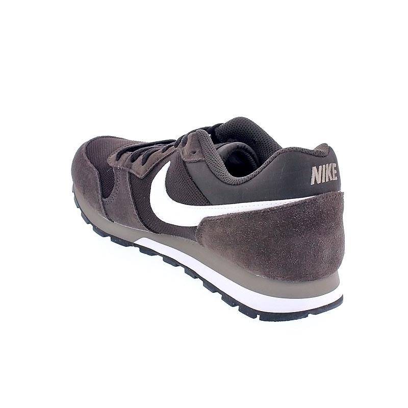 6a48770d4d2 Nike Md Runner 2 Marrón Zapatillas bajas Hombre (30730) ¡Entrega 24h ...
