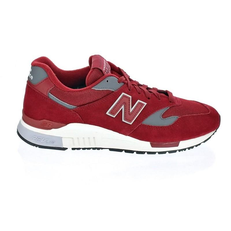 New Balance 840 rojo