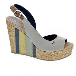 Wedge With Printed Stripes