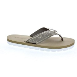 Flexible Essential Beach Sandal