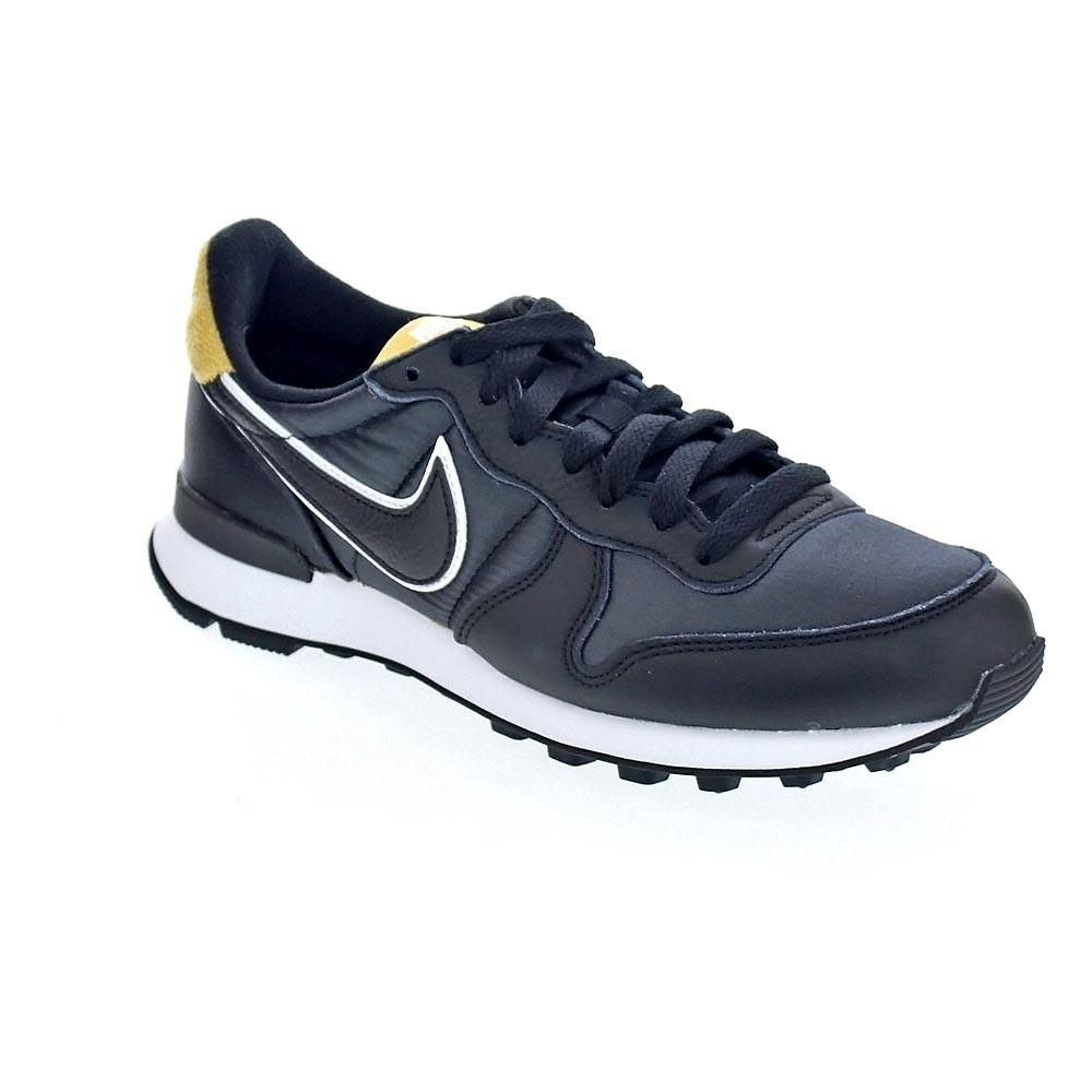 Nike W Internationalist Hea  Zapatillas bajas  women women women  black 36318 d071a4