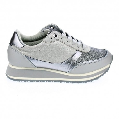 Metallic Retro Runner