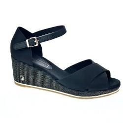 Feminie Mid Wedge Sandal
