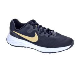 Nike Revolution 6